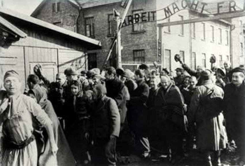 Yom HaShoah Commemoration – Ben Lesser Survivor Remembers